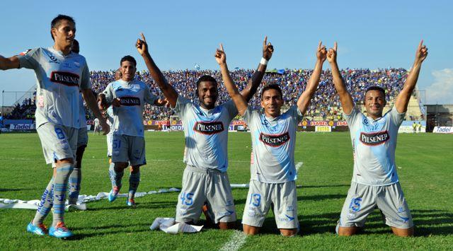 CS Emelec gana de visita 3 - 1 al Manta SC