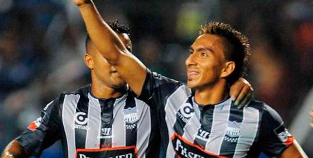CS Emelen vence 2 - 0 de loca a SD Quito