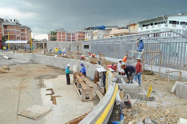 Municipio de guayaquil avanza con trabajos en la laguna artificial de sauces 6 evafm el - Oficina de empleo la laguna ...