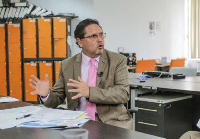 Ministro de Turismo de Ecuador llama a los grandes hoteleros españoles