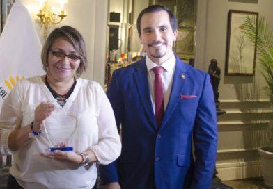 Amparo Guillén: 'Pido que se me abran las puertas