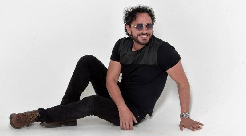 Douglas Bastidas fusiona el pop y cumbia en 'Tú y yo'