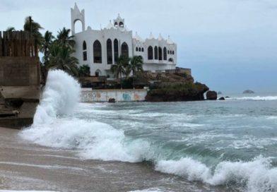 Huracán Willa se aproxima a costas Mexicanas