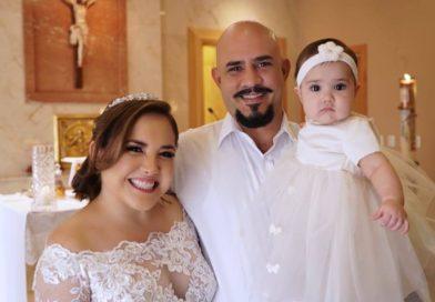 Actriz Claudia Camposano celebra matrimonio y bautizo de su segunda hija