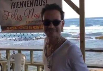 Marc Anthony de rumba por Piñones