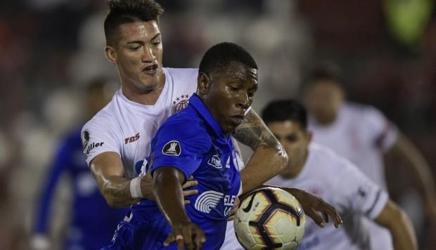 'Eléctricos' ganan 2-1 de visita por Copa Libertadores 2019