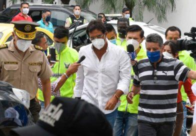 Fiscalía detiene al prefecto Carlos Luis Morales