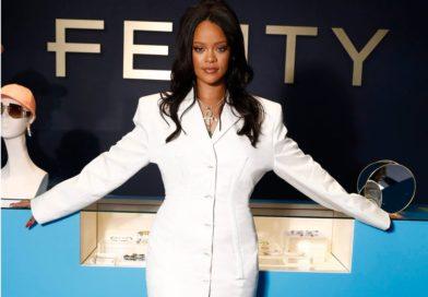 Rihanna cierra sus tiendas Fenty