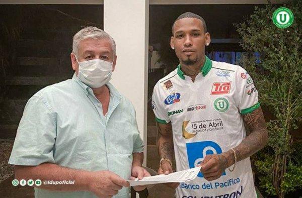 Liga de Portoviejo anunció a Vinicio Angulo y Jonathan Ferrari como refuerzos