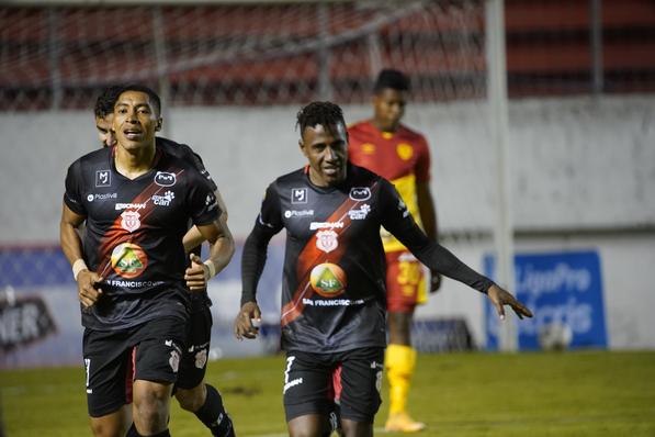 S.D.Aucas pierde con T.Universitario 0 – 2