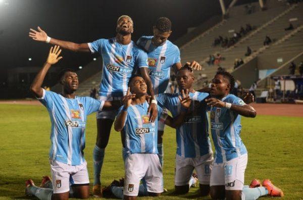 9 de octubre apago al C.S. Emelec 2 – 0 – Supercopa Ecuador –