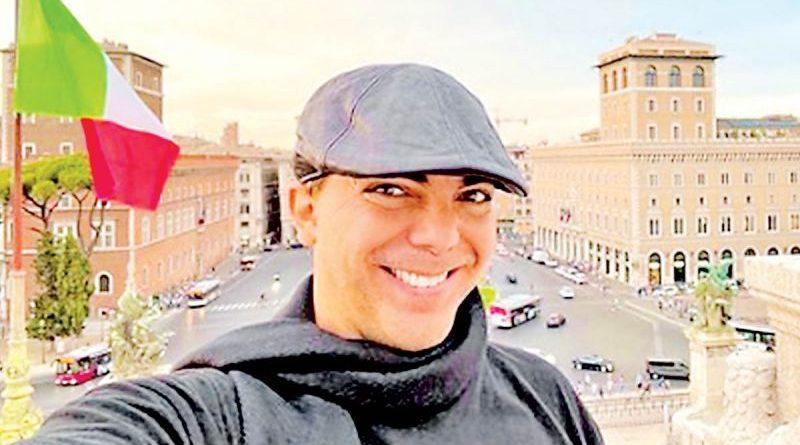 Cristian Castro cantará poemas escritos por el papa Francisco